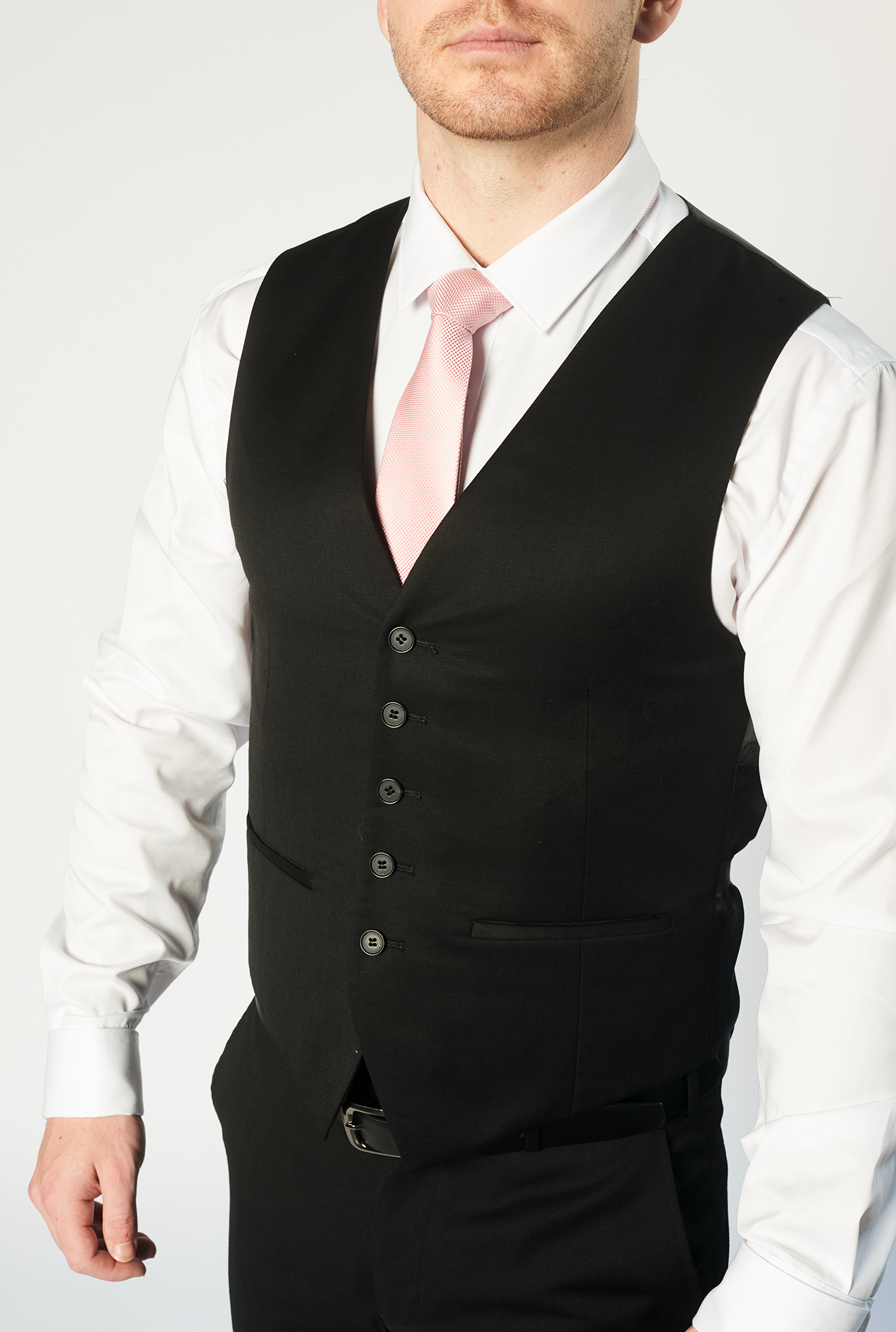 Close-up of the Cambridge with black waistcoat